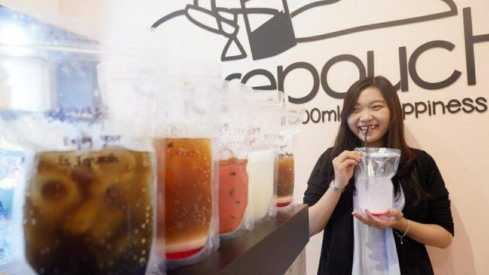 Sajian Minuman Sharepouch Minuman Jadul Perpaduan Espresso Dalam Kemasan Pouch