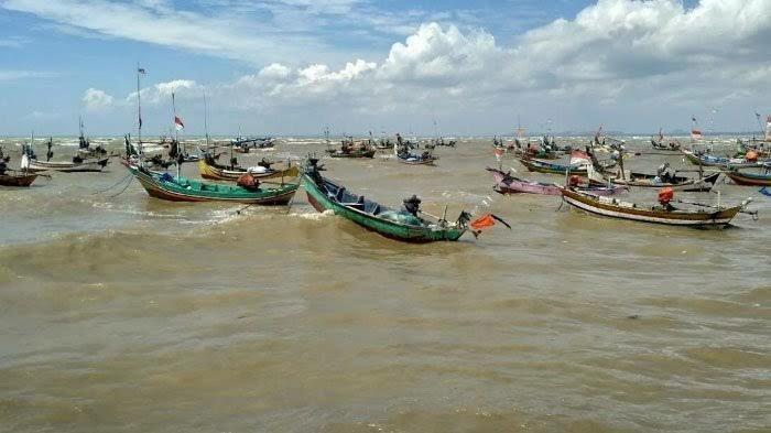 Peringatan BMKG Dampak Siklon Tropis, Gelombang Tinggi Akan Berlangsung Empat Hari Ke Depan