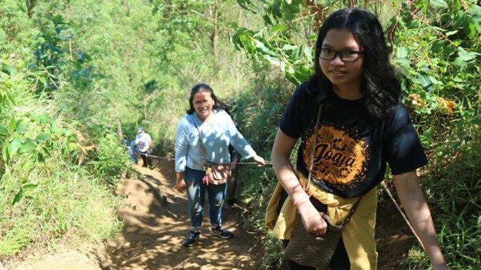 Melihat Puncak Gunung Arjuno dari Budug Asu, Tiket Rp 10 Ribu Bonus Tarik Tambang Alami