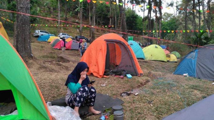 Lokasi camping di Puthuk Panggang Welut banyak diminati wisatawan