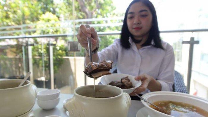 Sup Penghangat Tubuh Ala Hotel Santika Jemursari , Sajian Khas Hidangan Musim Pancaroba