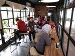 riders-cafe.jpg