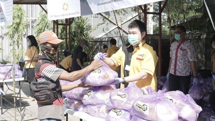 Makmur Berkah Amanda Bagikan 1.000 Paket Sembako untuk Warga Terdampak Covid-19 di Sidoarjo