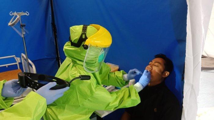 National Hospital Surabaya Beri Apresiasi Seluruh Tenaga Kesehatan dengan Program Swab for Heroes