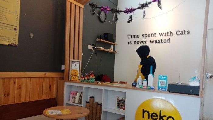 Neko-Kepo Cafe Surabaya