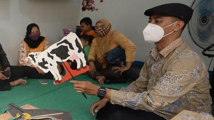 Bawa Pesan Positif Untuk Anak-anak, Hilmi Ramadhan Berkeliling Bacakan Dongeng