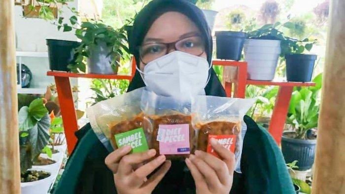 Tularkan Gaya Hidup Sehat, Perempuan di Madiun Ciptakan Produk Sambal Pecel Kurma