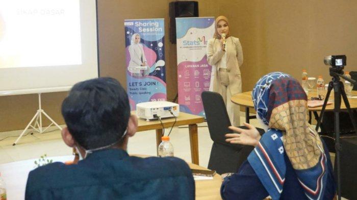 Personel SDM Stats Me Belajar Public Speaking Dari Ayu Mega