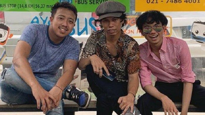 Viral Tiga Pemuda Mirip Dono, Kasino dan Indro Warkop DKI, Intip Potretnya
