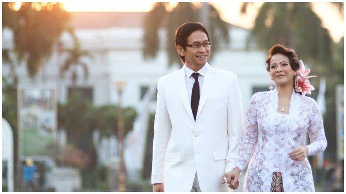 Ulang Tahun Pernikahan ke-34, Addie MS Kenang Perjuangan Mendapatkan Restu Orangtua Memes