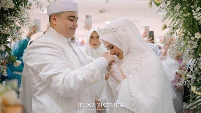 Foto-foto Pernikahan Ameer Azzikra dan Nadzira Shafa, Adik Alvin Faiz Langsung Pamer Foto Mesra