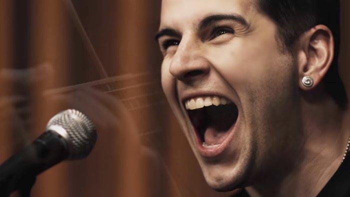 Lirik & Chord Gitar So Far Away - Avenged Sevenfold: How Do I Live Without The Ones I Love?