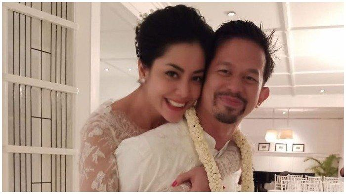 Lima Hari Sebelum Lulu Tobing Gugat Cerai, Bani M Mulia Masih Unggah Foto Berdua dengan sang Istri