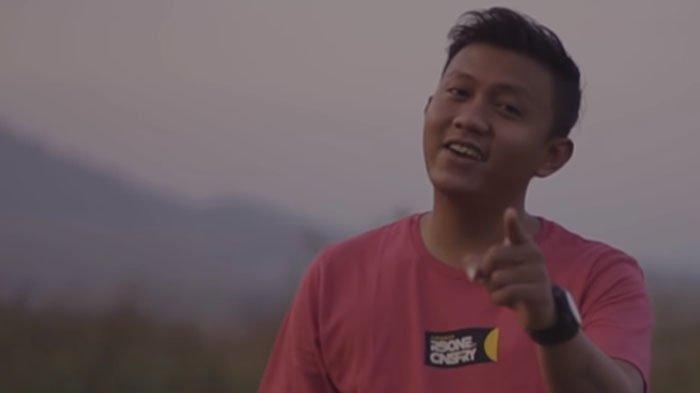 Chord Kunci Gitar Angel - Denny Caknan ft Cak Percil: Ketika Semuanya Terasa Begitu Abot