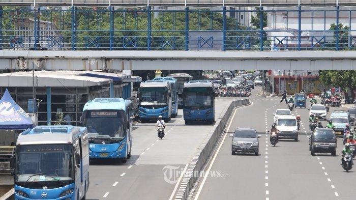 Ingat, Pelanggar PSBB di Surabaya Tidak Bisa Perpanjang SIM Selama 6 Bulan