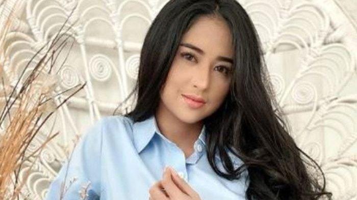 Klarifikasi Dewi Perssik Terkait Videonya di YouTube Bersama Lesty dan Rizky Billar Ditakedown