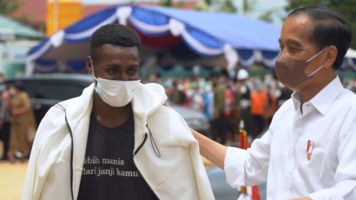 Olvah Bwefar Jamin Antusias Warga Papua Sambut Jokowi Bukan Gimik: Mereka Sayang Banget sama Bapak