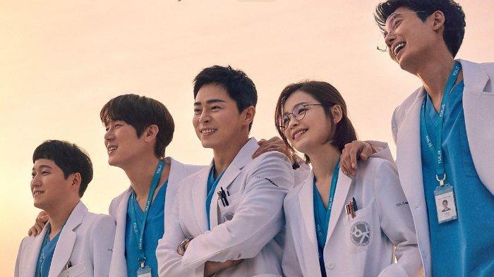 Episode 11 drama Korea Hospital Playlist 2 mengaduk-aduk perasaan para penggemar.