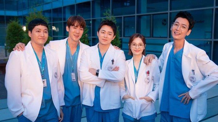 Sutradara Ungkap Poin Penting di Episode Terakhir Drakor Hospital Playlist 2, Akankah Ada Season 3?