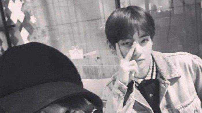 V BTS dan Hyungsik menghabiskan waktu bersama.