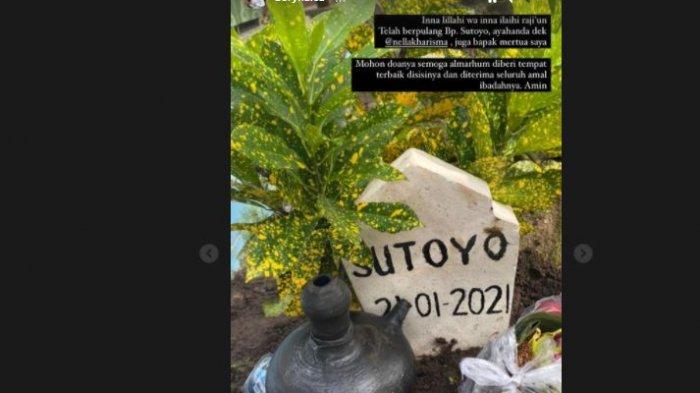 Insta story Dory Harsa di makam mertua