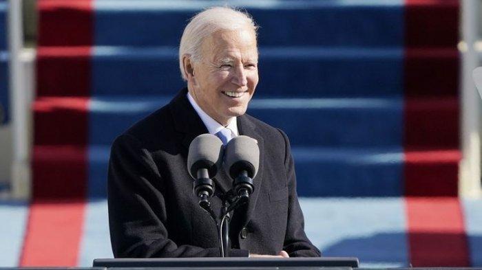 Presiden Joe Biden berpidato dalam pelantikannya di Gedung Capitol, Washington DC, Rabu (20/1/2021).(AP PHOTO/PATRICK SEMANSKY)