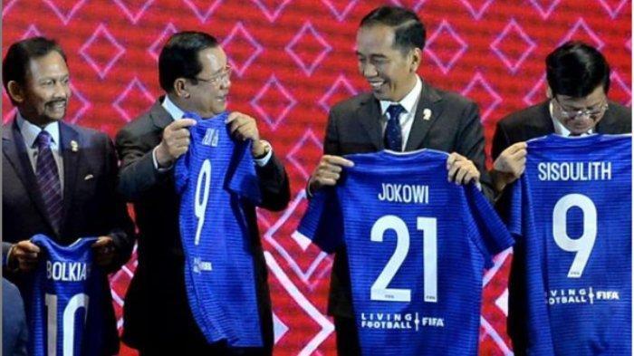 Jokowi Dapat Nomor Punggung Berbeda Dibanding Pemimpin ASEAN Lainnya yang Diberi Jersey oleh FIFA