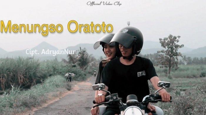 Lirik & Chord Gitar Menungso Oratoto - Tekomlaku: Jarene Ngancani Malah Ngeliyo Ati