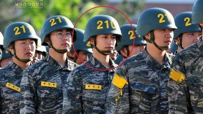 Intip 10 Potret Bintang K-POP yang Jalani Wajib Militer, Ada D.O dan Xiumin EXO hingga Minho SHINee