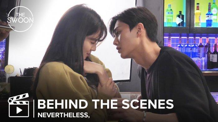 Di Balik Layar Syuting Nevertheless, Sutradara Menilai Han So Hee Naksir Berat pada Song Kang