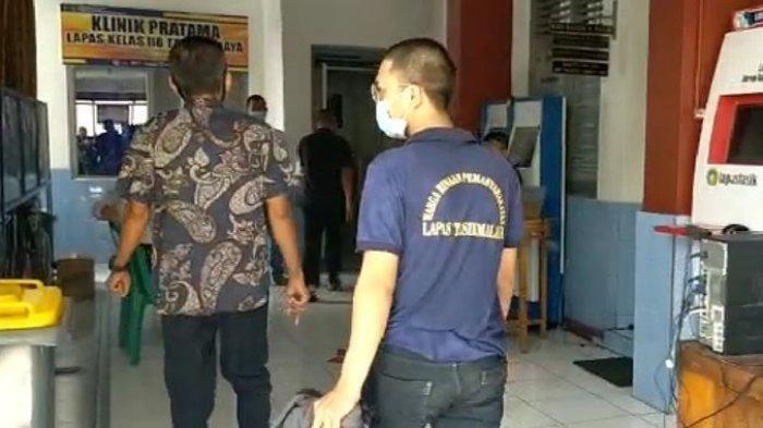 Langgar PPKM, Pemilik Kedai Kopi Ditahan 3 Hari di Lapas, Pakai Baju Tahanan dan Rambut Diplontos