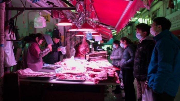 Dalam 15 Detik, Pria Ini Tertular Virus Corona saat Belanja di Pasar, Berdiri Dekat Orang Terinfeksi