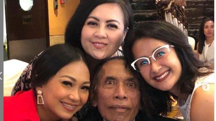 Innalillahi, Suami Aktris Rina Hasyim, Chris Pattikawa Meninggal Dunia