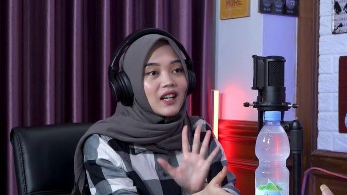 Mengaku Sedih, Putri Delina Jelaskan Alasannya Pilih Keluar dari Rumah Kediaman Sule