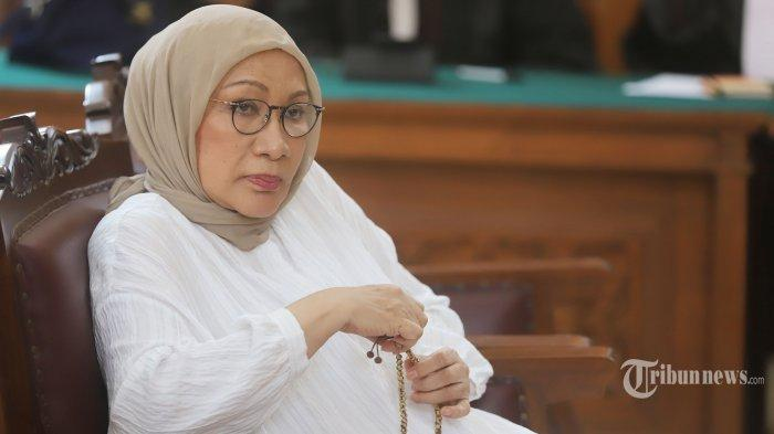 Ratna Sarumpaet Bebas Bersyarat, Berencana Kumpul Bareng Keluarga di Rumah Atiqah Hasiholan?