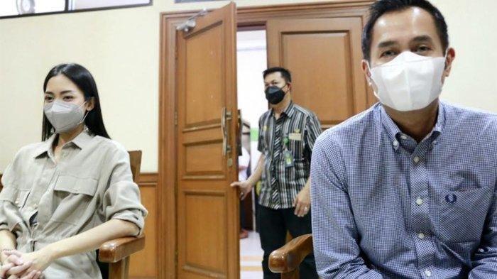 Ririn Dwi Ariyanti dan Aldi Bragi Hadiri Sidang Cerai, Kuasa Hukum Bantah Adanya Isu Perselingkuhan