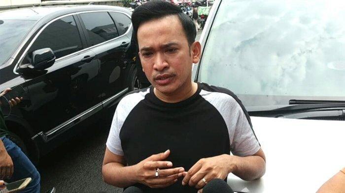 Ridwan Remin Jadikan Betrand Peto sebagai Bahan Roasting, Ruben Onsu: Bagaimana Perasaan Anda?