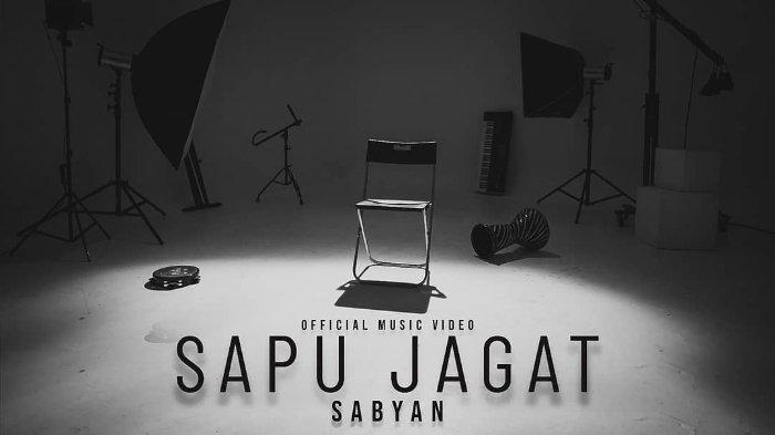 Video klip lagu terbaru grup musik Sabyan Gambus berjudul Sapu Jagat.