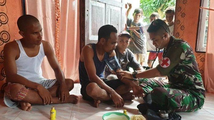 TNI AD Lewat Satgas Yonif 734 Beri Pelayanan Kesehatan di Pedalaman Halmahera Utara