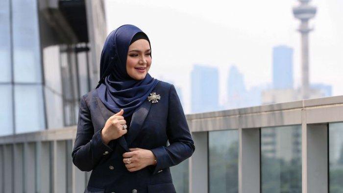Chord Gitar Purnama Merindu - Siti Nurhaliza: Aku Meminta Pada yang Ada, Aku Merindu Pada yang Kasih