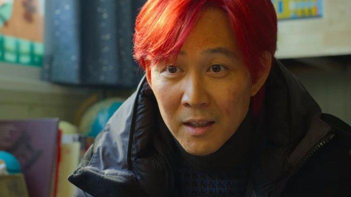 Sutradara Squid Game Beberkan Misteri di Balik Rambut Seong Gi Hun yang Diubah jadi Warna Merah