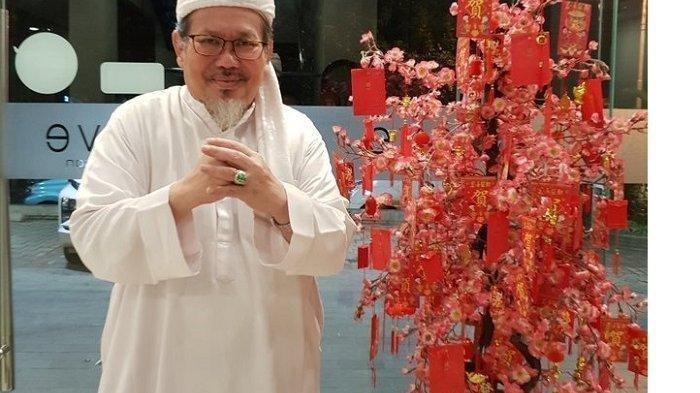 Ustaz Tengku Zulkarnain Ucapkan Selamat Tahun Baru Imlek, Yunarto Wijaya Membalas dan Sebut Ayah