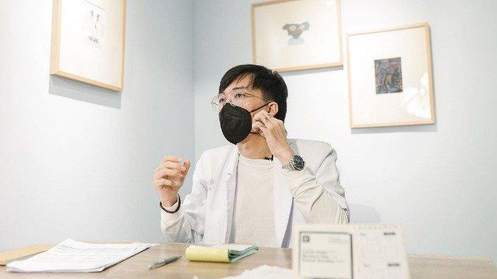 Influencer sekaligus tenaga kesehatan, dr. Tirta Mandira Hudhi.