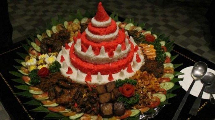 Sambut Hari Kemerdekaan ke-75 RI, Ini Resep hingga Cara Membuat Tumpeng Nasi Merah Putih