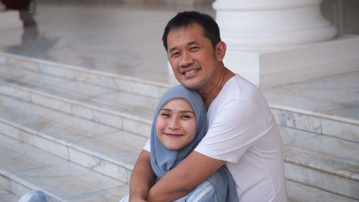 Zaskia Mecca Jadi Sorotan Usai Protes Cara Bangunkan Sahur Lewat Toa, Ini Pembelaan Hanung Bramantyo