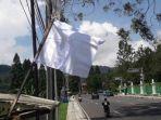 bendera-putih-bogor.jpg