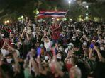 demonstran-pro-demokrasi-di-bangkok-thailand.jpg