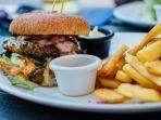 junk-food-burger-kentang-goreng.jpg