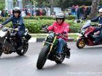 presiden-joko-widodo-mengendarai-motor.jpg