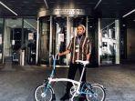 sepeda-brompton-edisi-wheels-for-heroes-hilang.jpg